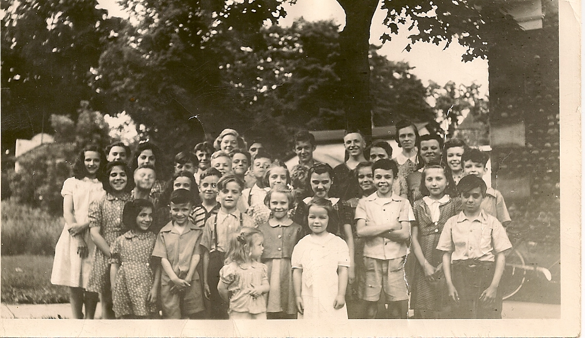 Mom_Gaines Cobblestone School classmates